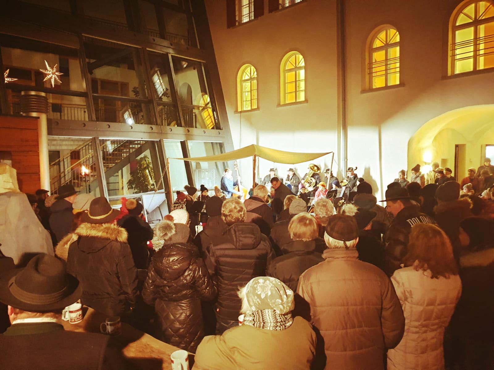 Hirtenstunde im Rathaus-Innenhof